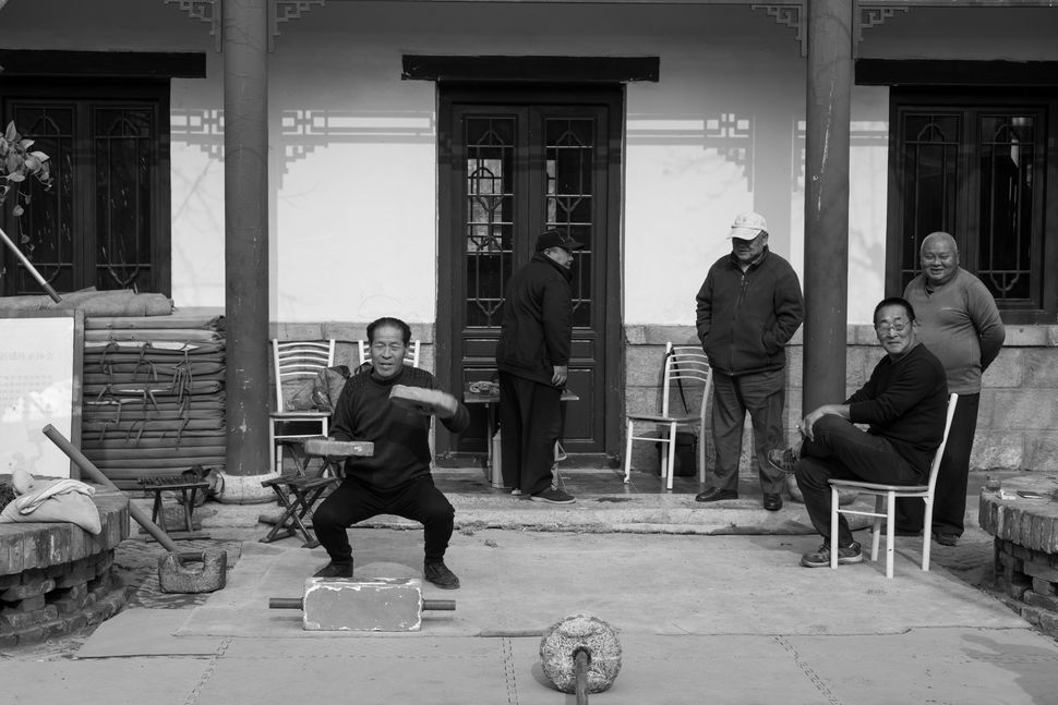 Pensioners´ Athletic Club of Hou Zai Men Street, Jinan, China, November 2017