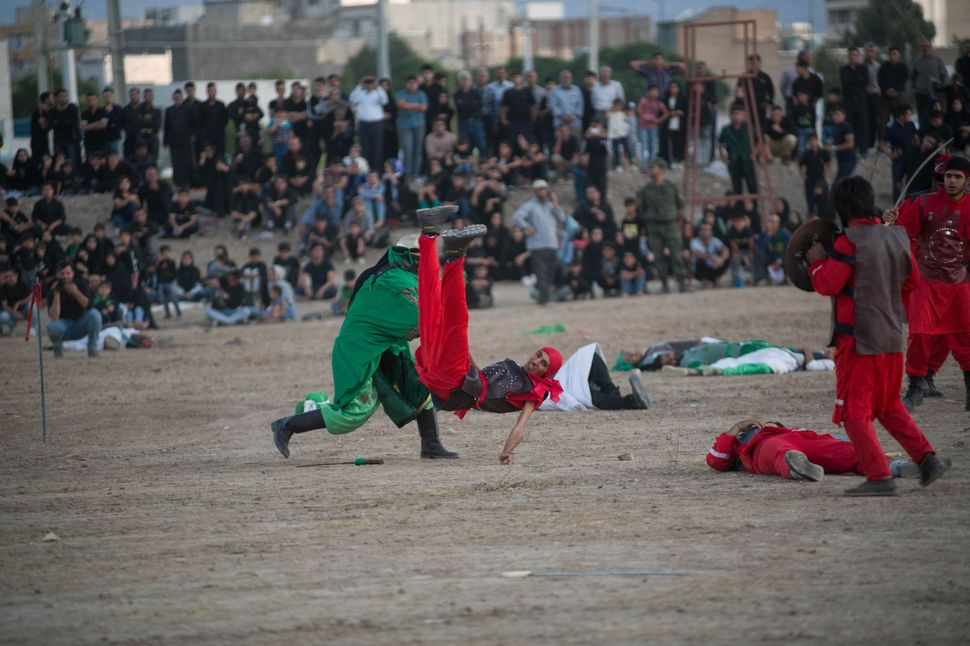 Killing of one of Yazid´s soldiers, Tazieh, Khorramabad