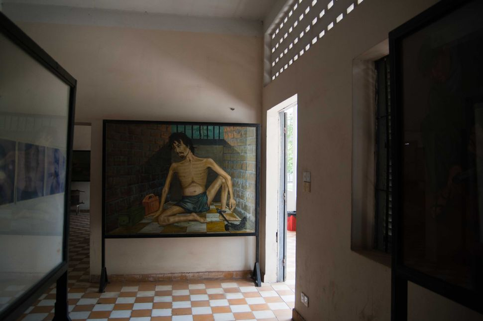 Tuol Sleng Genocide Museum - Interior (Paintings by former prisoner Vann Nath)