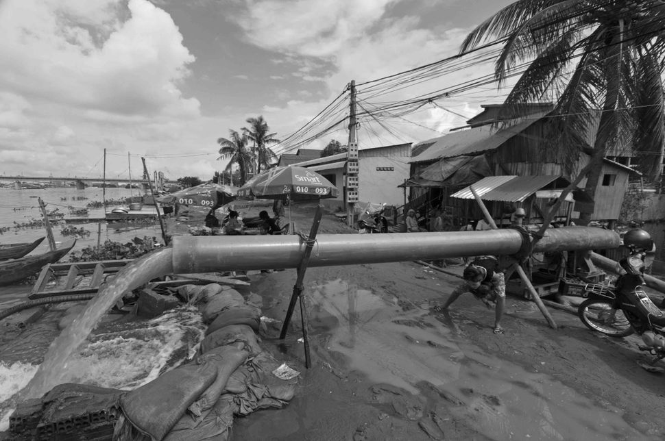 Cambodia - Living with the floods