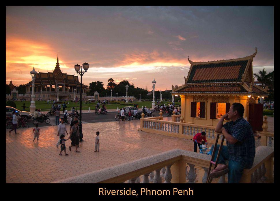 Watching the sunset, Phnom Penh