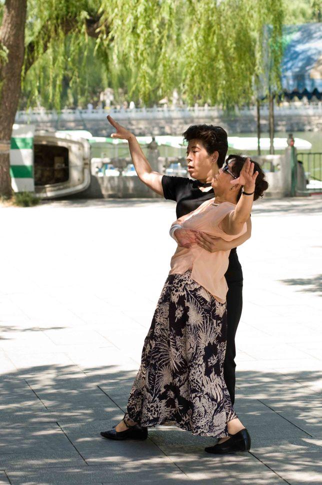 Beihai Park - Tango dancers 4