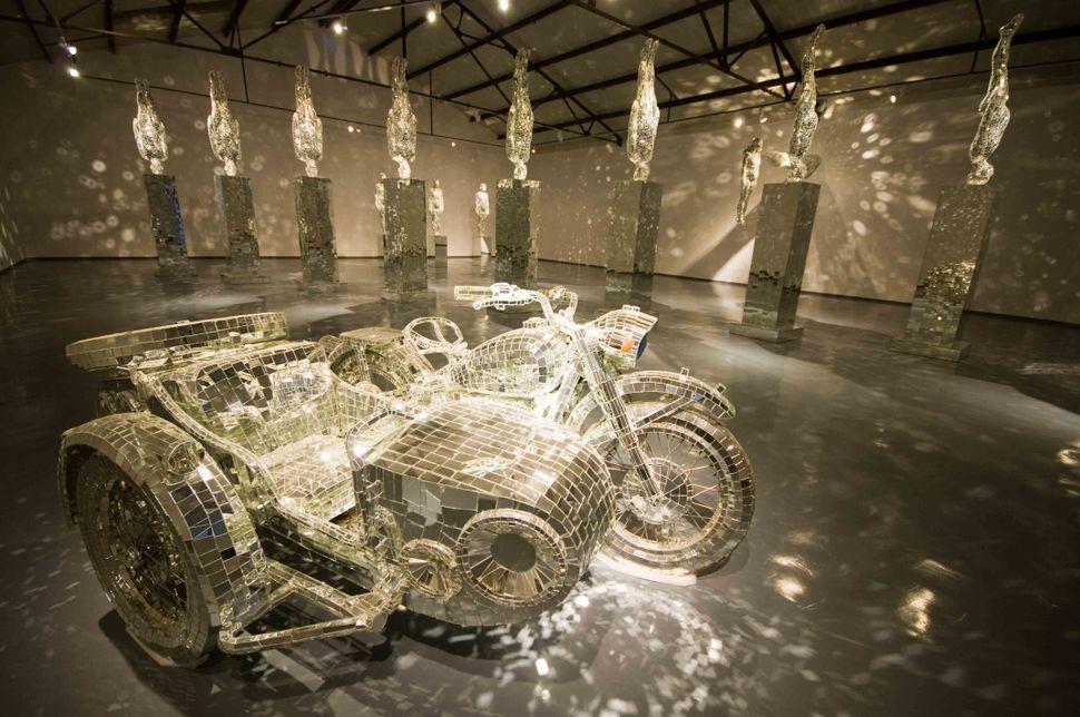 Li Wei exhibition at Michael Schultz Gallery 2