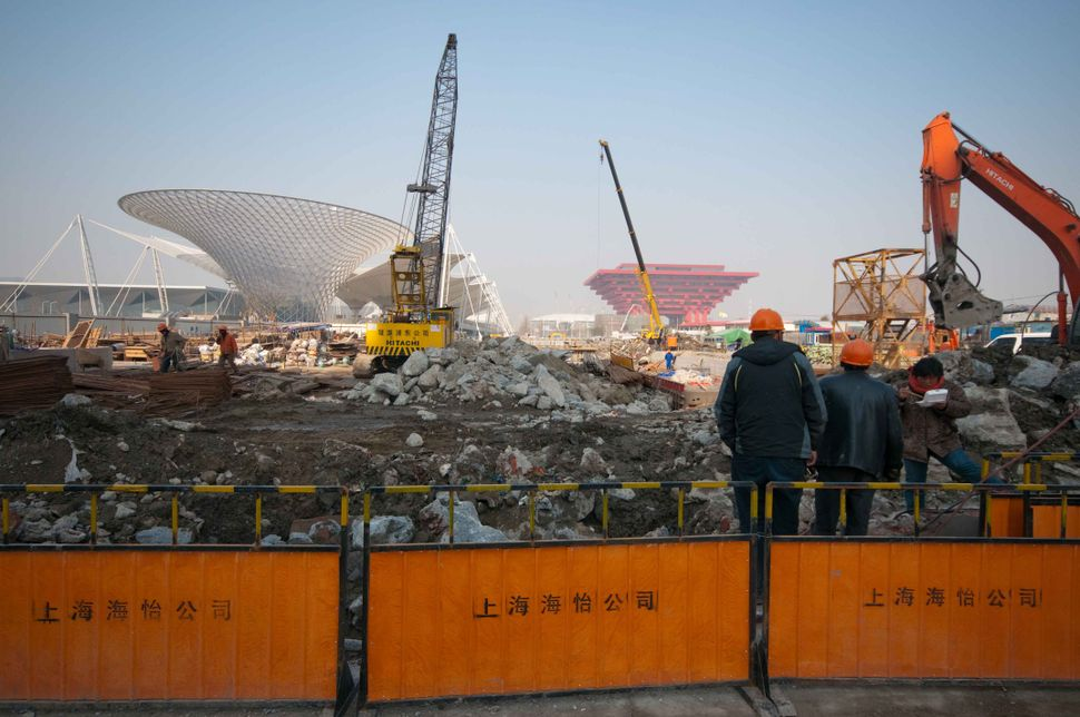 Expo 2010 in construction 2, Shanghai 2009