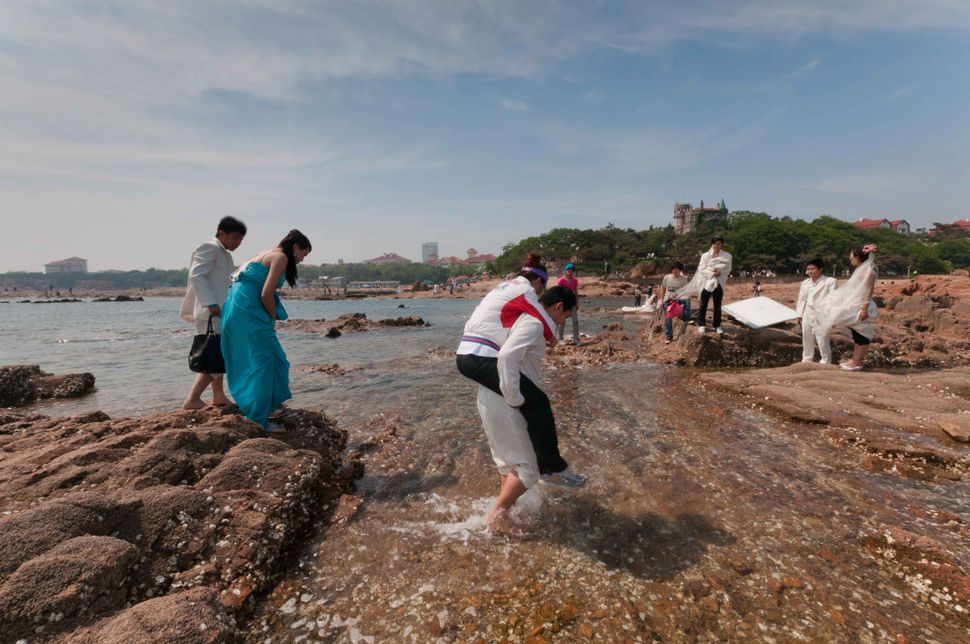 Badaguan,walking on water, Qingdao