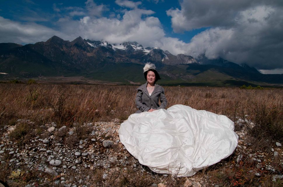 Bride, near Lijiang