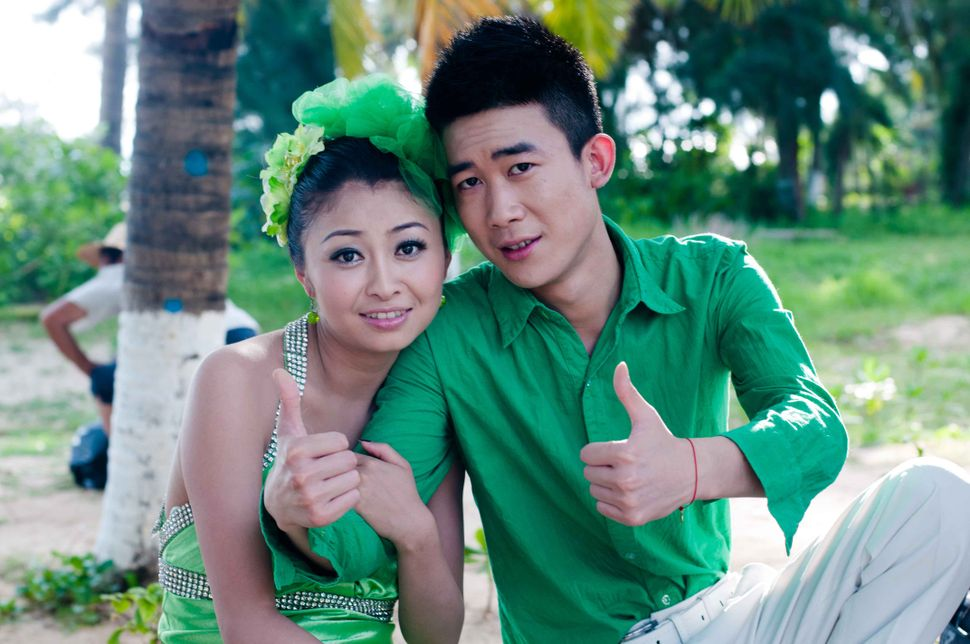 Couple in green, Sanya