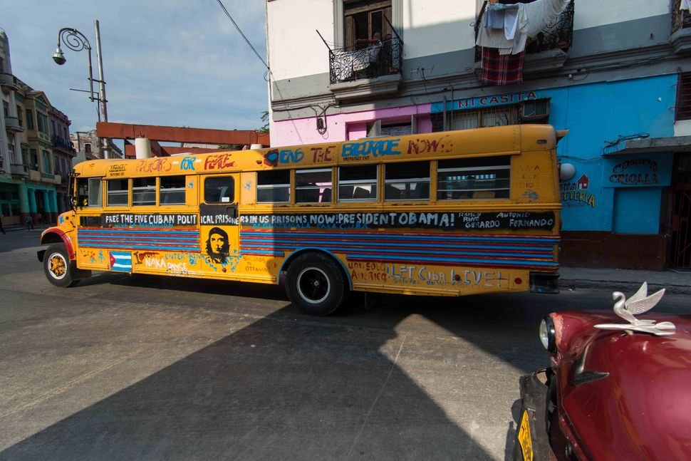 Bus with Miami Five logo