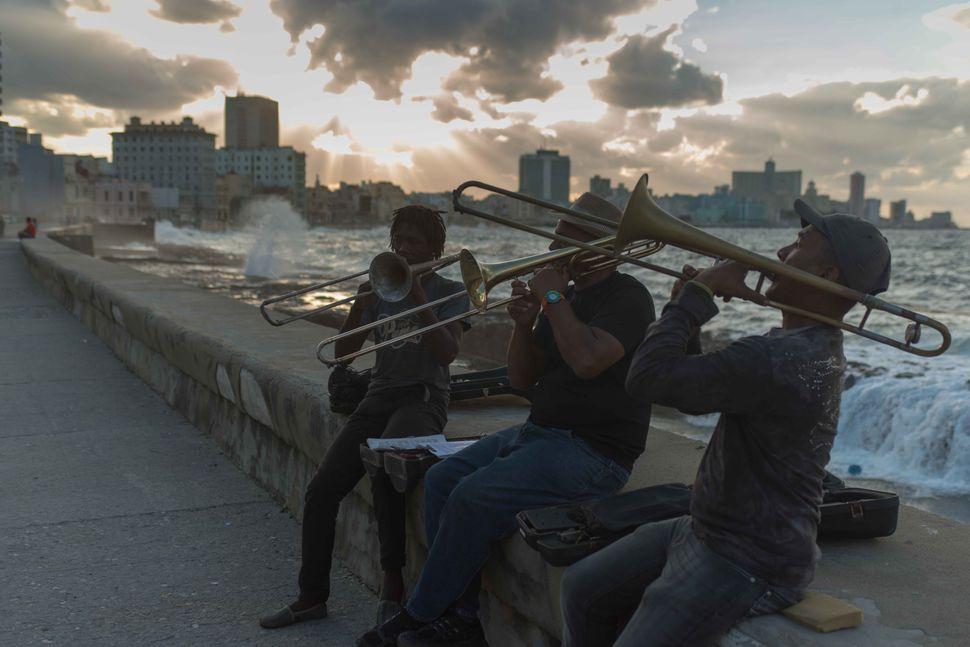 Malecon musicians