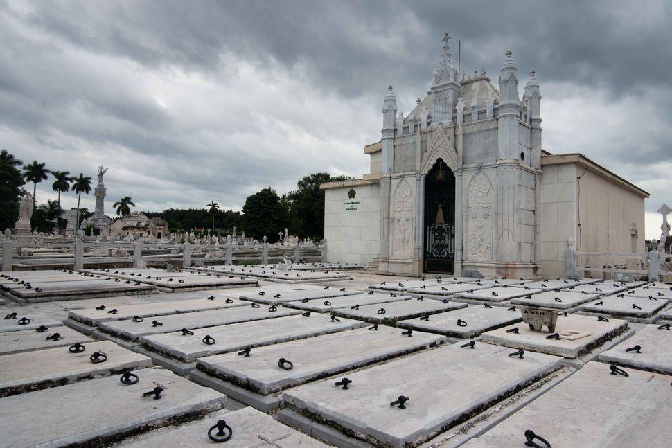 Necropolis Colón 1