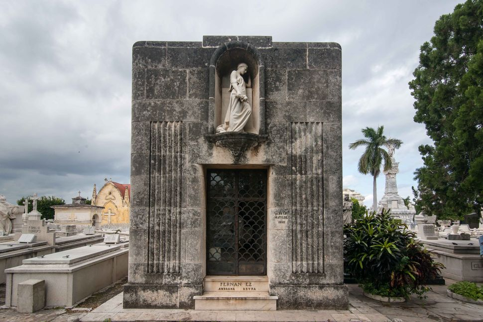 Necropolis Colón 3