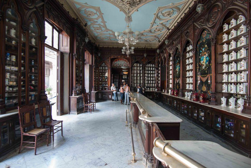 Pharmacy, Havana