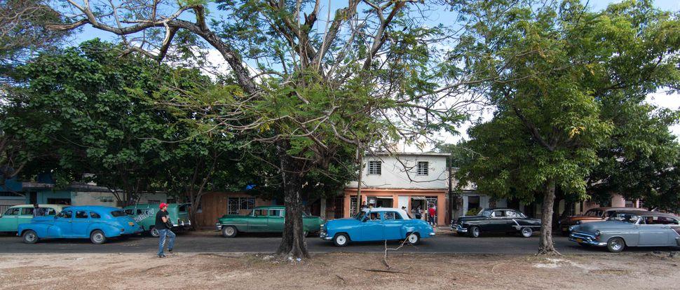 Taxi stand near Marina Hemingway