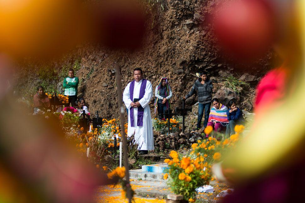 Priest preaching, Janitzio