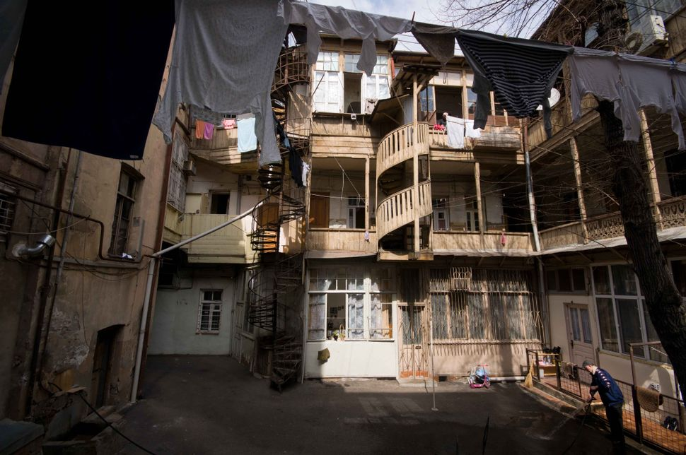 Inner courtyard, Tbilisi 3