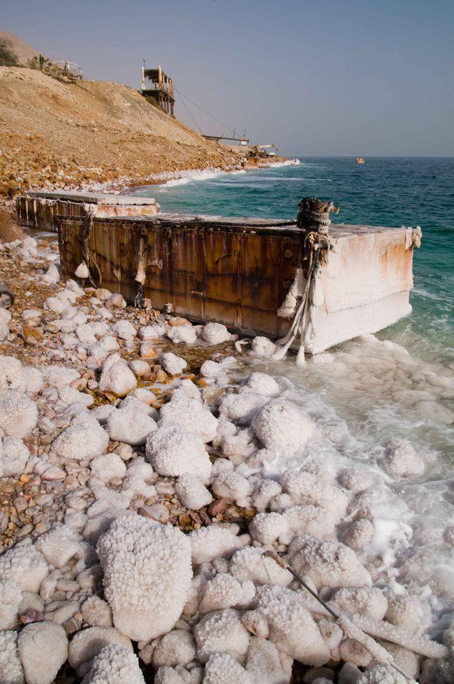 Dead Sea shore at Ein Gedi