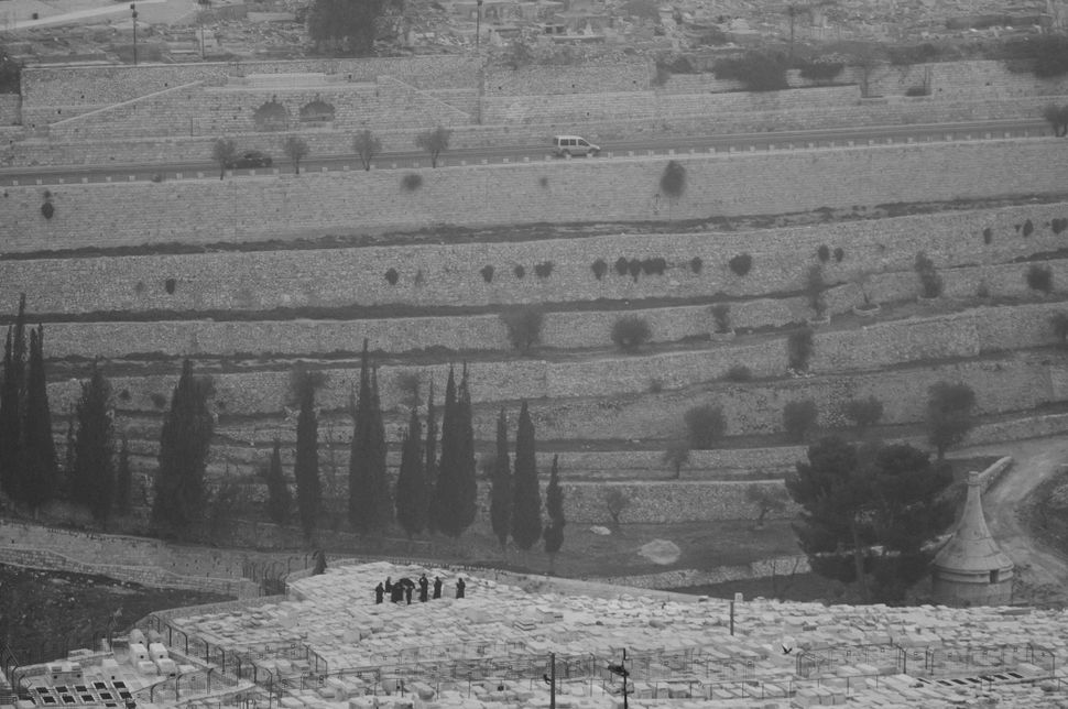 Jewish cemetery on the Mount of Olives 3