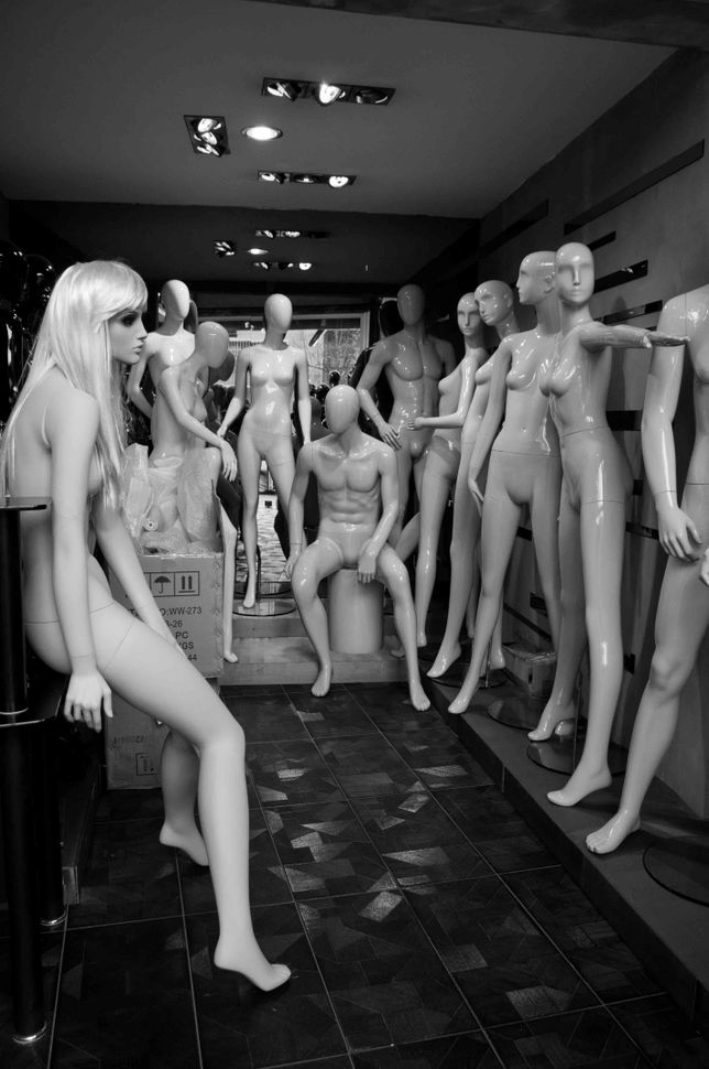 Mannequins 4