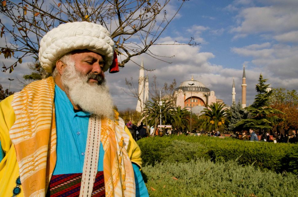 Nasreddin Hodja model in front of Aya Sofiya