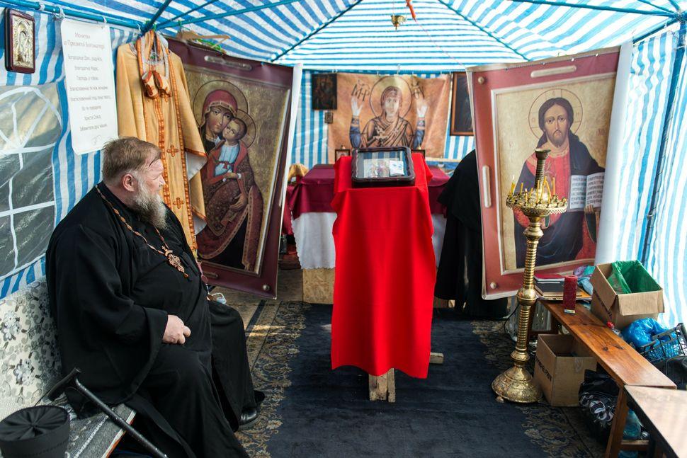 42 - Greek-Catholic church tent