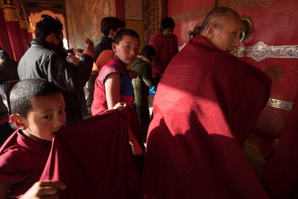 Labrang monastery - Prayer and Maitreya kora