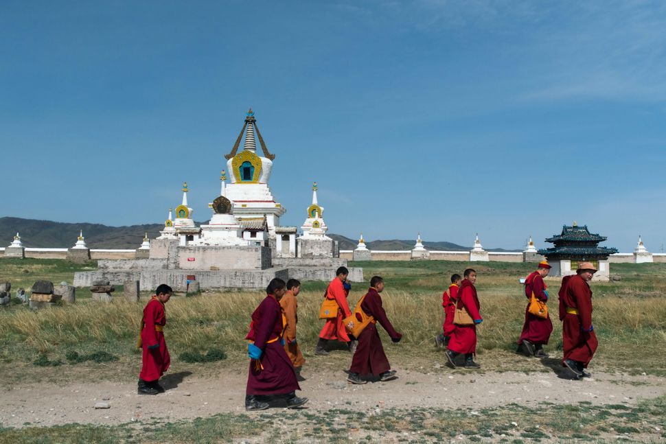 Erdene Zuu Monastery - Young monks