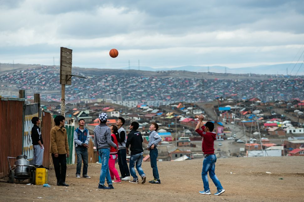 Ulan Bator - Basketball in ger district
