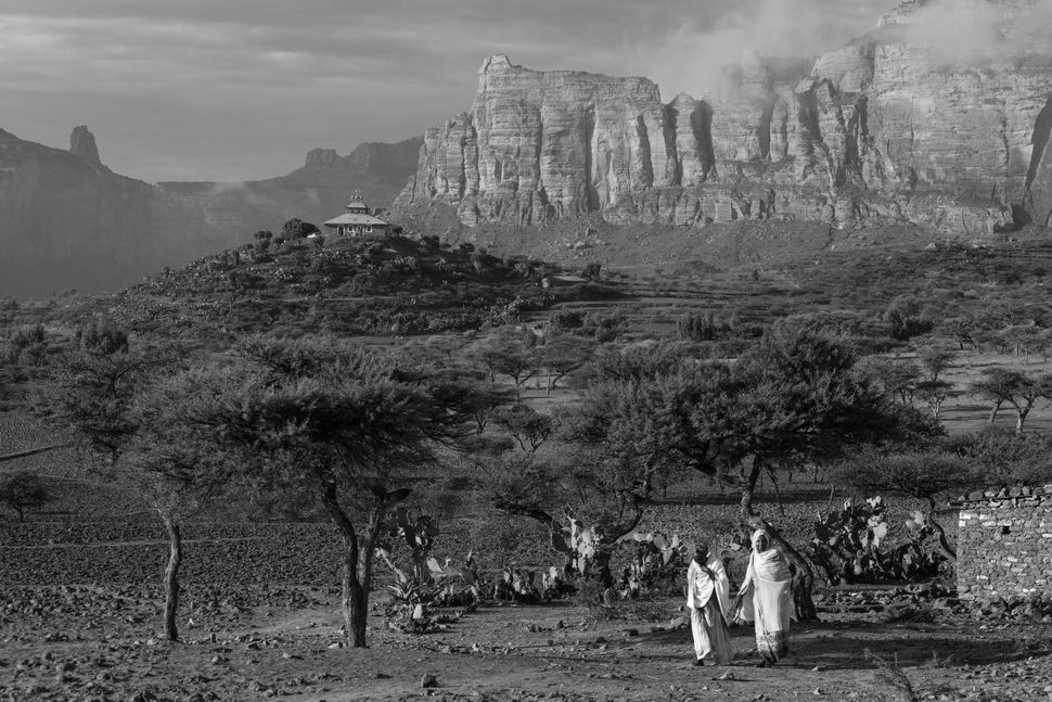 Women coming from church, Hawzen, Tigray