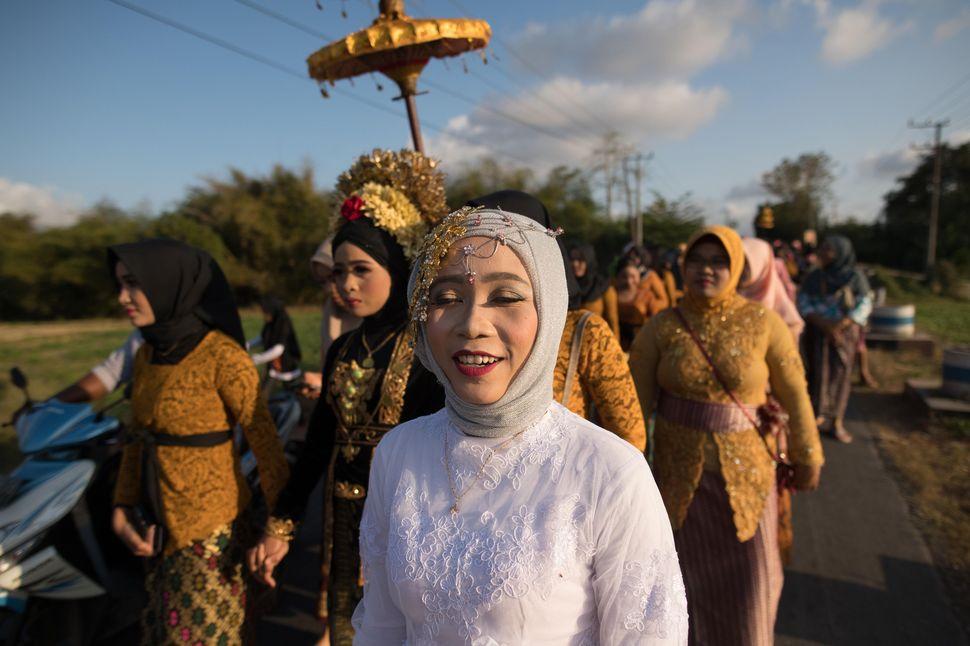 Sasak wedding, Lombok, Indonesia
