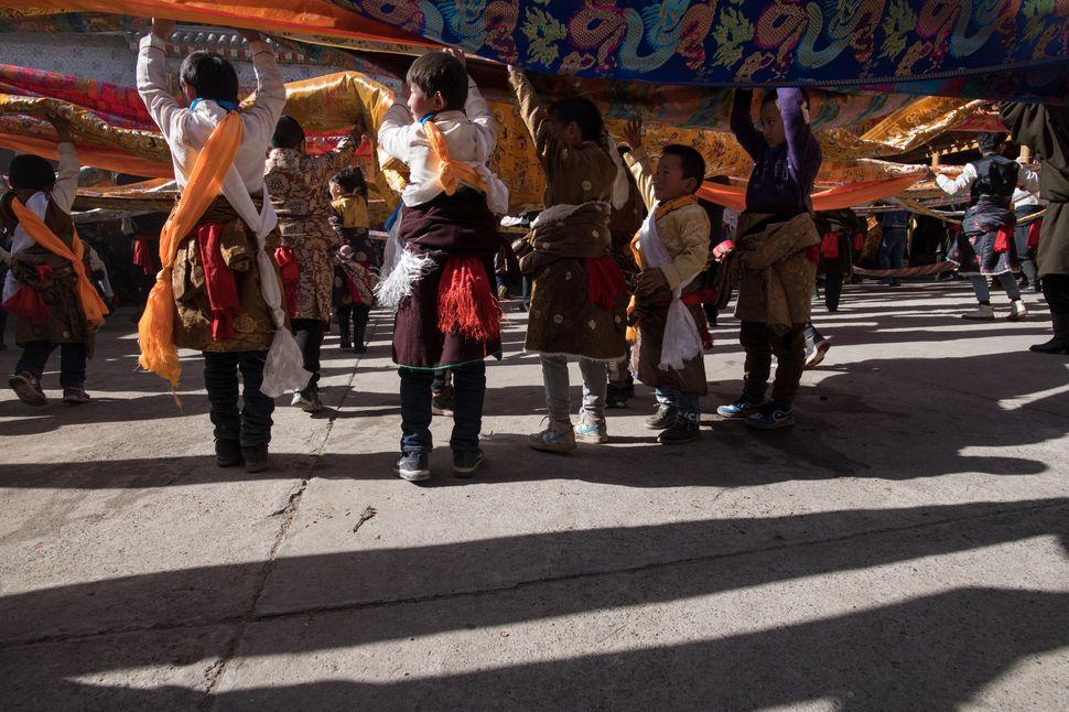 Shaman dance - Yangjia village, 13.02.2019