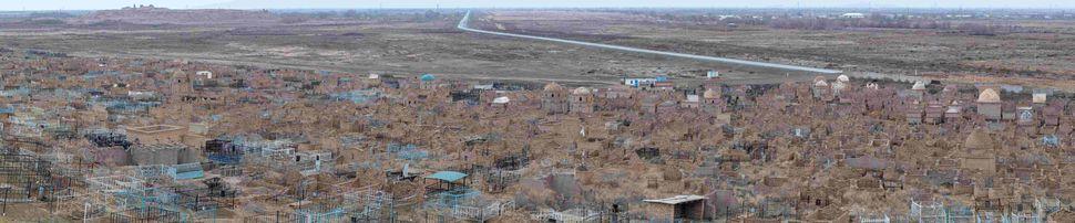 Mizdakhan cemetery
