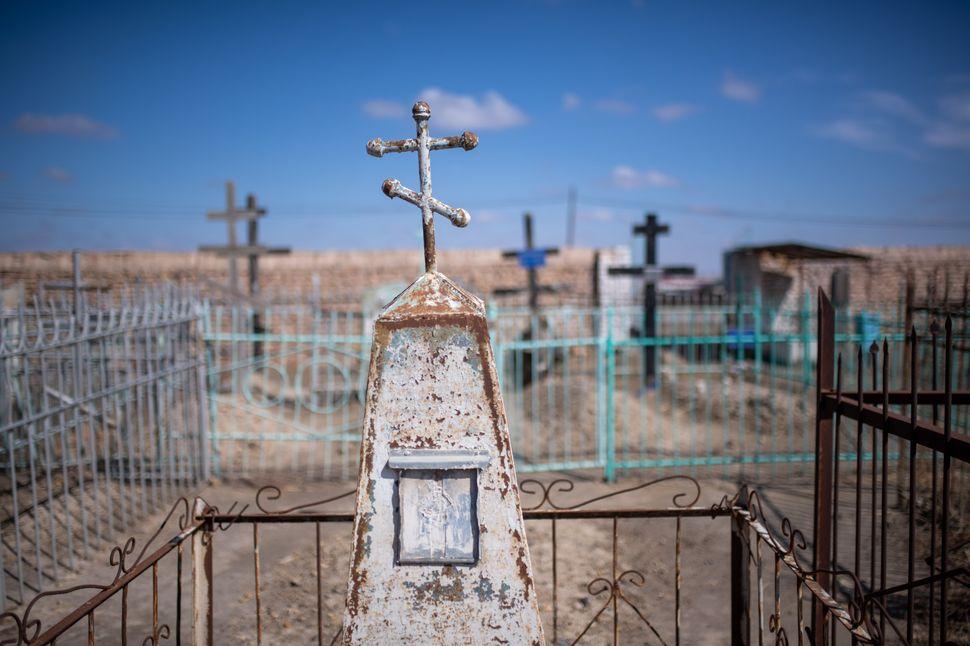 Orthodox grave, Mizdakhan cemetery