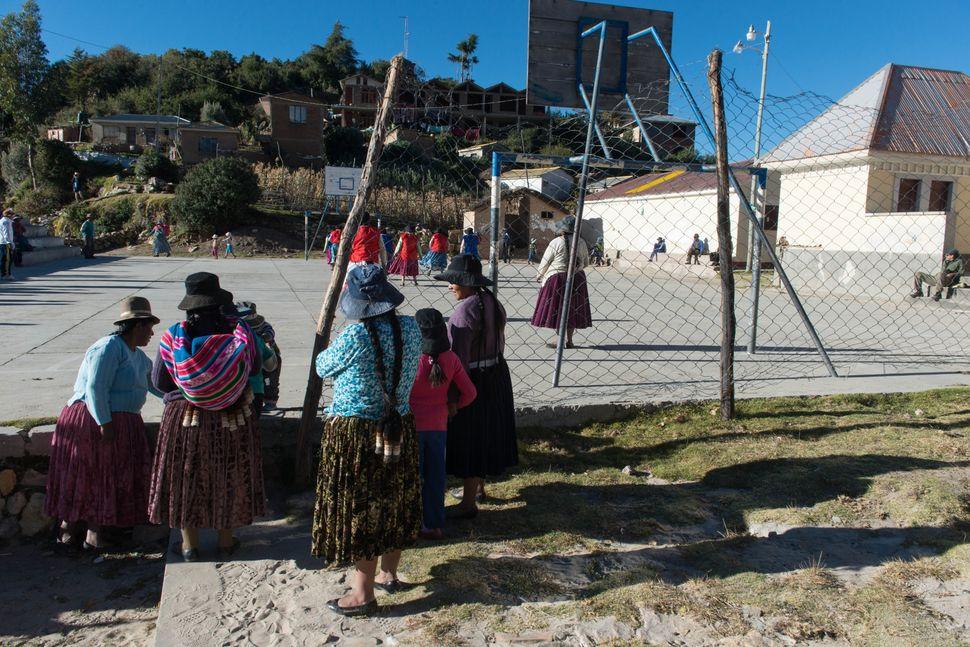 Women´s football tournament, Isla del Sol, Bolivia