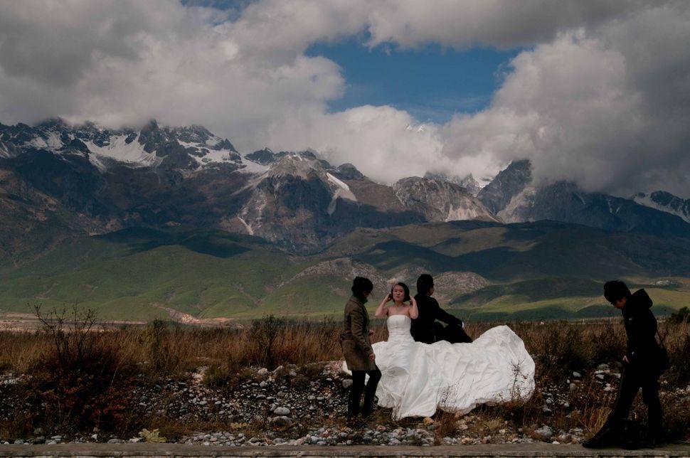 Bride and groom - Lijiang