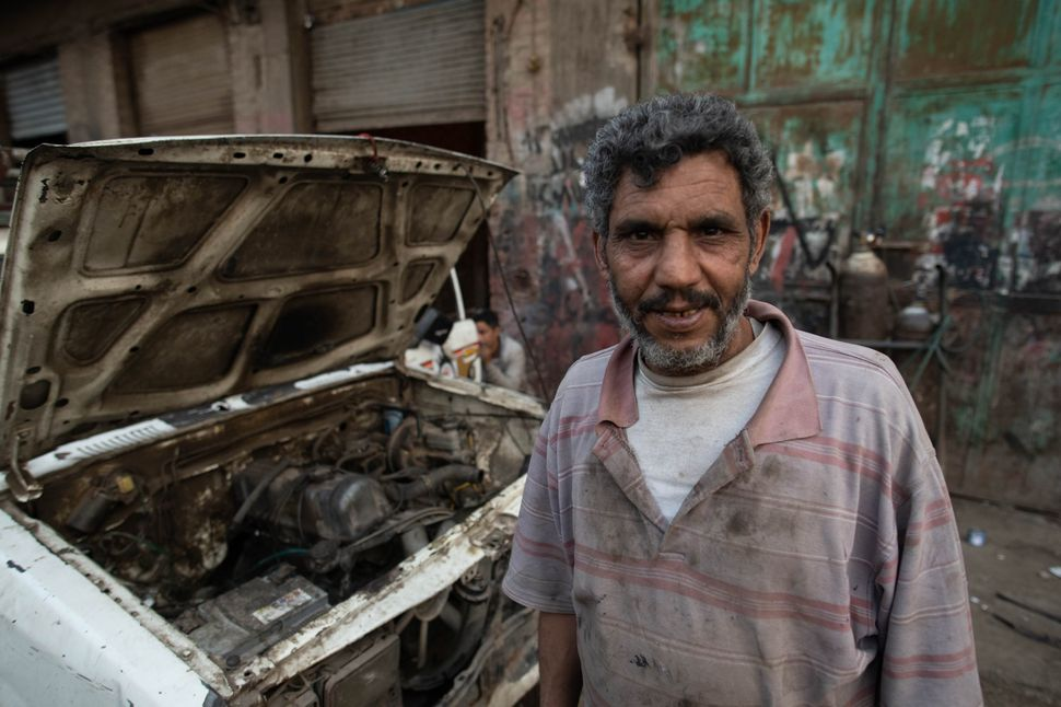Zabbaleen: The garbage recyclers of Cairo (colour)